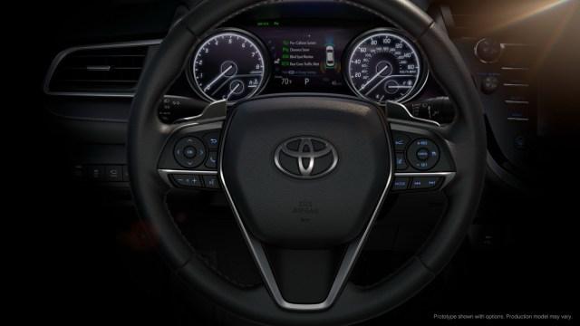 Toyota-Camry-2018 (2)