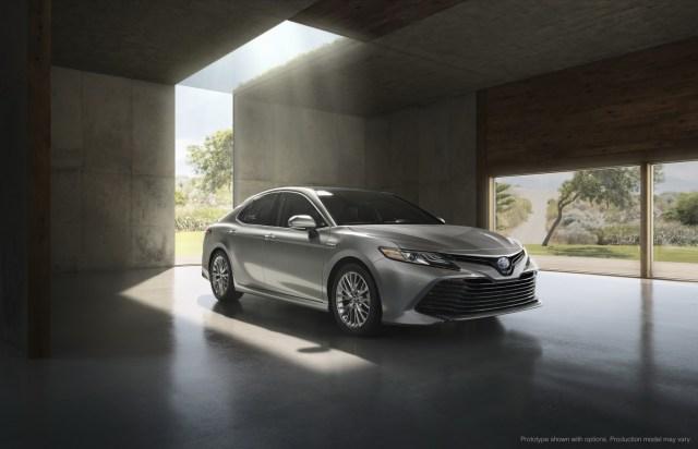 Toyota-Camry-2018 (9)