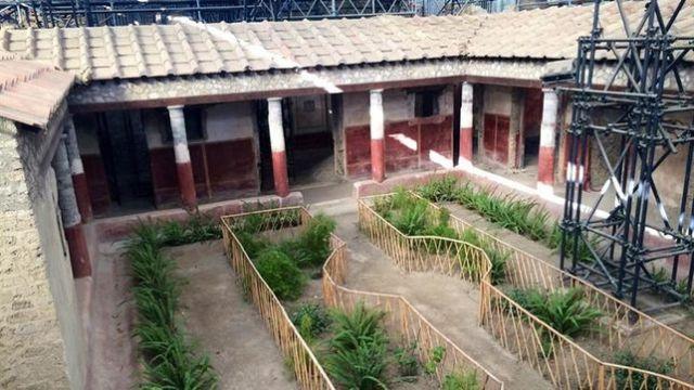 Pompeya-casa-amantes-castos-enamorados_EDIIMA20170209_0585_4