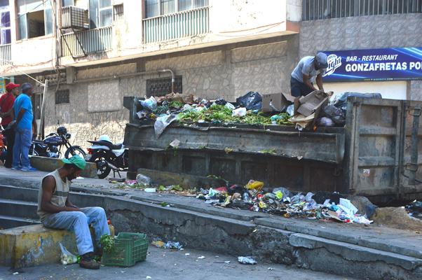 indigentes basura