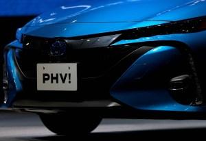 Toyota llama a revisión 2,4 millones de vehículos híbridos