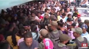 El dramático e inconcluso especial de ABC News sobre la crisis venezolana (video + reportero expulsado)