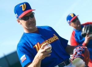 ¡Otra vez! Dos periodistas venezolanos dejaron por fuera a Omar Vizquel para el Salón de la Fama de MLB