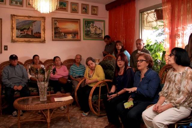 Alcaldesa en desayuno con vecinos de Casalta (2)