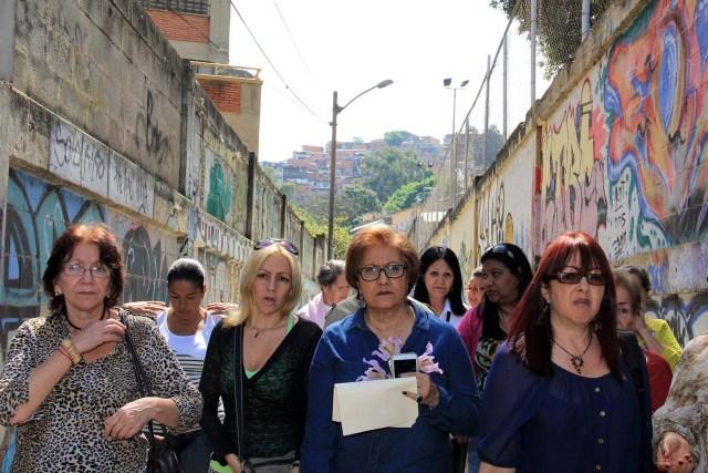Alcaldesa en desayuno con vecinos de Casalta (3)