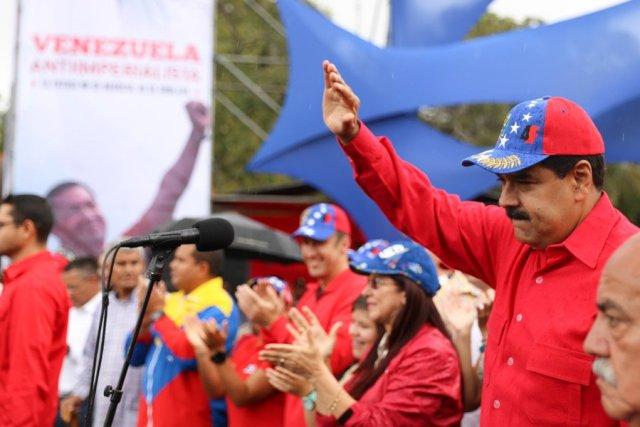Maduro los proceres