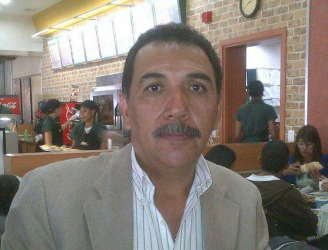 Jose Luis Centeno dando declaraciones