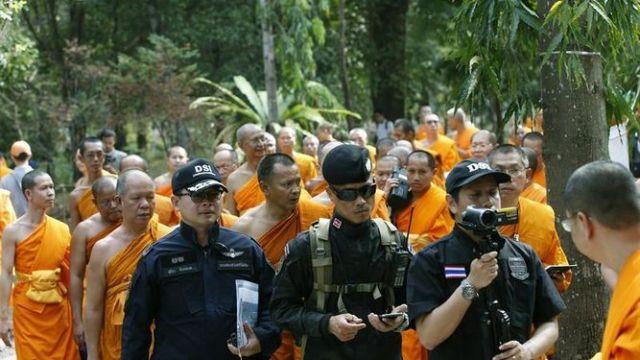 -templo-budista-policia