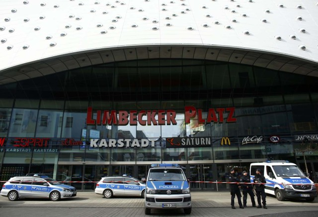 Police at the Limbecker Platz shopping mall in Essen, Germany, March 11, 2017, after it was shut due to attack threat. REUTERS/Thilo Schmuelgen