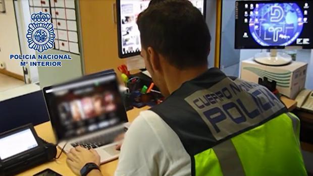 Los responsables de la operación han investigado a varias páginas web y han llevado a cabo registros en Estepona y Marbella - POLICÍA NACIONAL