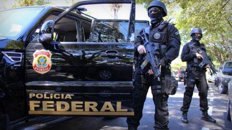 Miembros-Policia-Federal-Brasil-Foto_LRZIMA20160905_0053_11