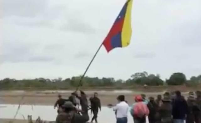 2494236Bandera-Venezuela-Arauca