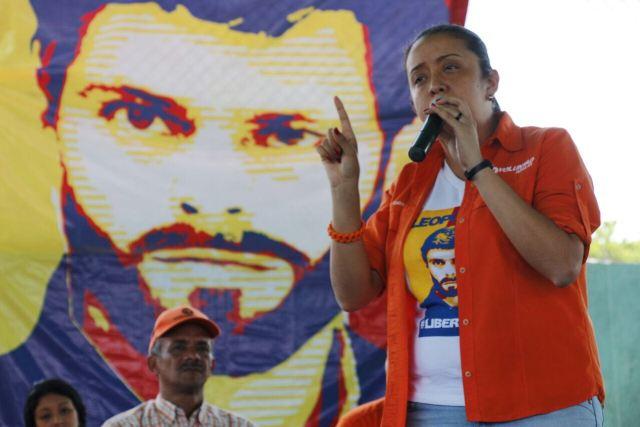 La diputada, Gaby Arellamo pidió asistir a la marcha para rechazar la represión en las marchas