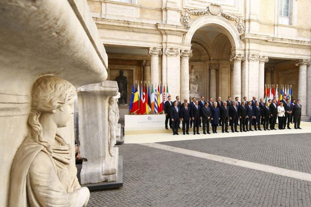 European Union leaders pose for a family photo during a meeting on the 60th anniversary of the Treaty of Rome, in Rome, Italy March 25, 2017. REUTERS/Tony Gentile TPX IMAGES OF THE DAY