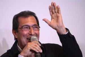Adán Chávez no logró entregar el mandado completo a Cuba: Sólo regaló 30 parques infantiles (Fotos)