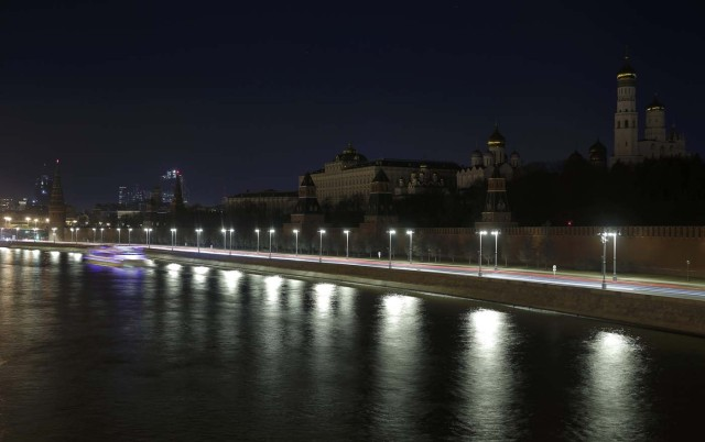 A view shows the Kremlin during Earth Hour in central Moscow, Russia, March 25, 2017. REUTERS/Maxim Shemetov