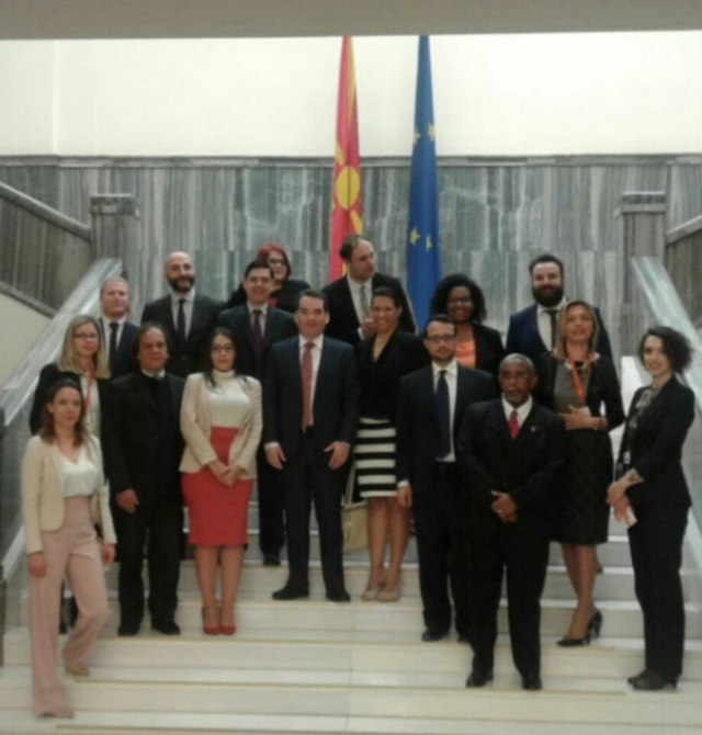 Representantes del Parlamento de la Republica de Macedonia