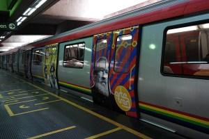 ¿Por qué no desde un vagón? Metro de Caracas lanza campaña desde las afueras de un cine (Video)