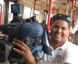 Guardia Nacional golpea a camarógrafo de Globovisión y lo despoja de su cámara en la Avenida Baralt
