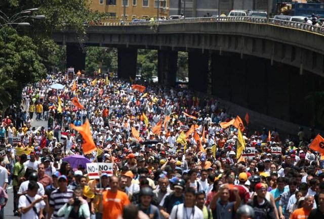 Oposición venezolana marchó el 1° de abril. REUTERS/Carlos Garcia Rawlins