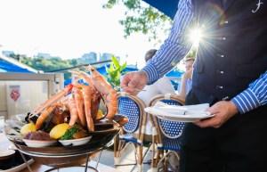 ¿Pueblo? JAJAJA… Delcy se lanzó como 40 cajas clap de almuerzo (detalles $$$ + FOTOS)