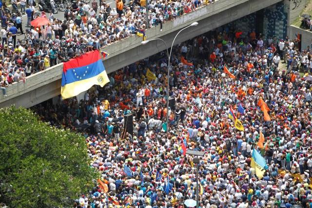 A general view shows an opposition rally in Caracas, Venezuela April 6, 2017. REUTERS/Christian Veron