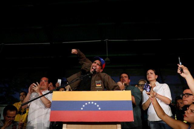 Capriles, gobernador de Miranda. REUTERS/Carlos Garcia Rawlins