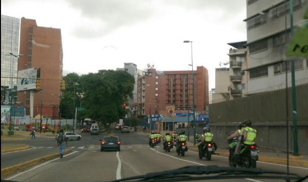 PNB por las calles de Plaza Venezuela / Foto @yolybp