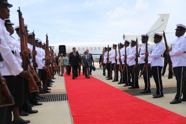 Maduero arriba a San Vicente y Las Granadinas, para encarar reunión de la Organización de Estados del Caribe Oriental
