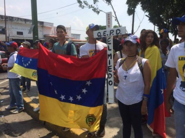 Protesta-Carabobo-Daniel-Queliz
