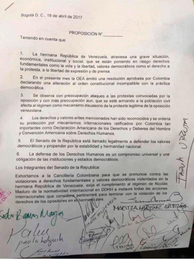 Resolución Senado de Colombia que declara ruptura del orden constitucional en Vzla e insta a la Cancilleria a tomar acciones. Foto: Luis Florido