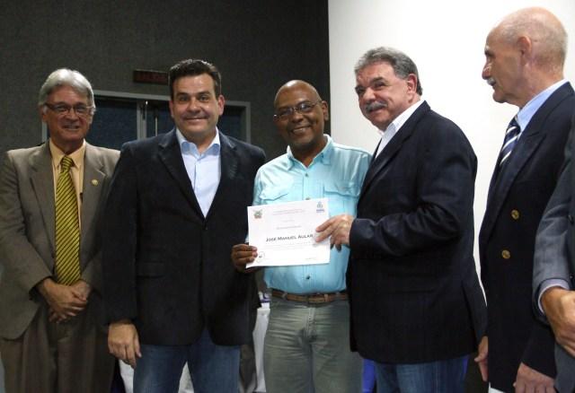 El alcalde de Valencia, Miguel Cocchiola, reconoció la labor del Consejo Local de Planificación Pública