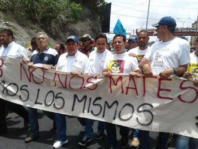 Marcha de opositores hacia Ramo Verde