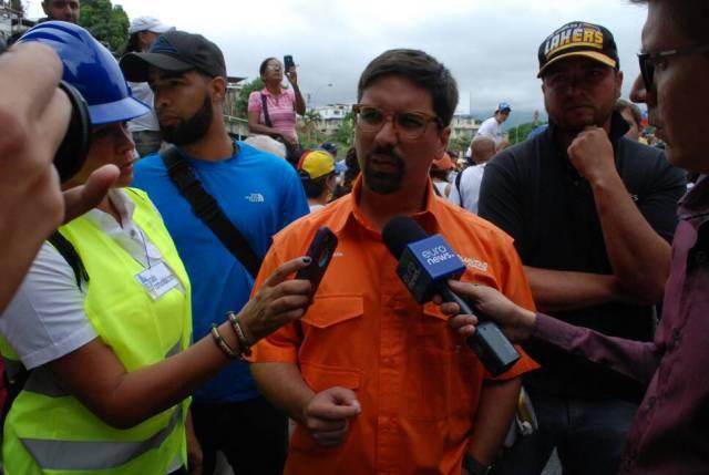 El primer vicepresiden de la AN, Freddy Guevara le dice a  Nicolás Maduro que a dictadura no es viable, calable ni sostenible
