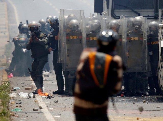 La marcha opositora de este 10 de mayo en Caracas fue fuertemente reprimida. REUTERS/Carlos Garcia Rawlins