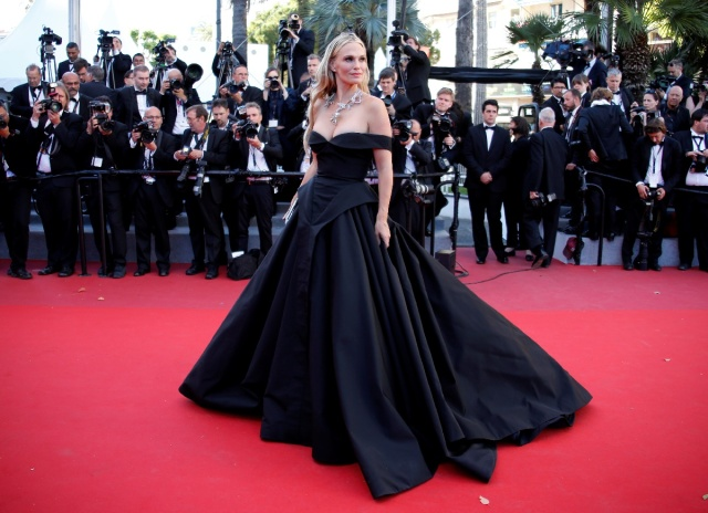 "70th Cannes Film Festival - Screening of the film ""Okja"" in competition - Red Carpet Arrivals - Cannes, France. 19/05/2017. Model Molly Sims poses. REUTERS/Jean-Paul Pelissier"