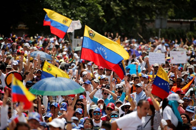 Opposition supporters rally against President Nicolas Maduro in Caracas, Venezuela, May 20, 2017. REUTERS/Carlos Garcia Rawlins
