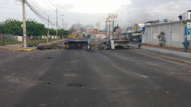Barricadas en Maracaibo / Foto: Lenin Danieri