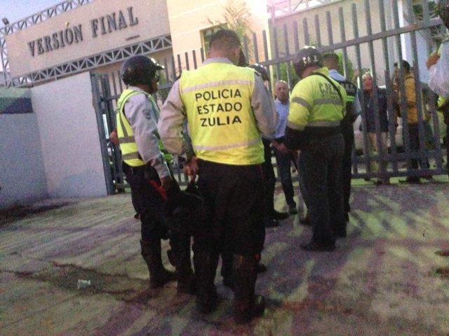 Perpetraron atentado contra sede de Versión Final. Foto: @sntpvenezuela