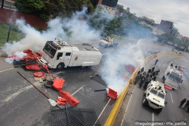 El Movimiento Estudiantil confirmó el asesinato de un joven en Las Mercedes durante las manifestaciones de este miércoles e indicó que al menos 134 personas resultaron heridas. Foto: LaPatilla / Régulo Gómez