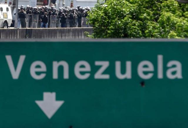 En Venezuela no se ha perdido la esperanza... Estas FOTOS lo demuestran./ AFP PHOTO / Juan BARRETO