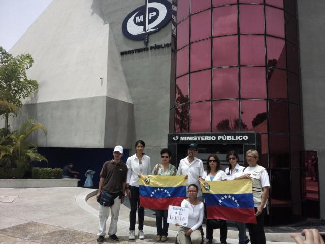 Periodistas en Monagas entregan documento al fiscal superior