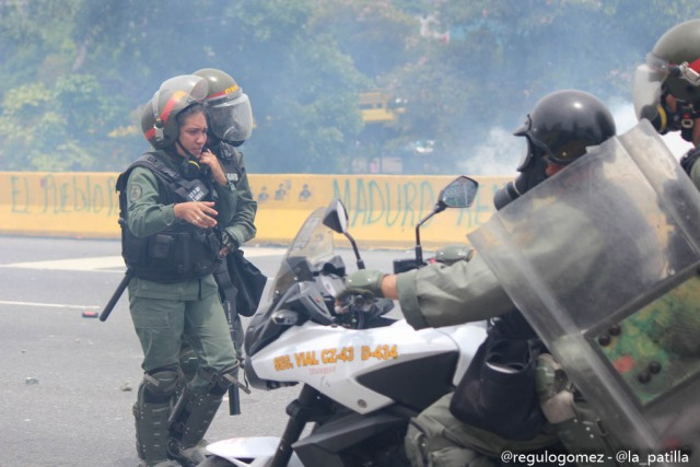 Represión en la Autopista Francisco Farjardo (8)