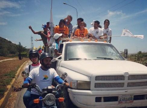 El alcalde de La Asunción, Richard Fermín acompañó en moto a la movilización opositora. Foto: @RichardFermin
