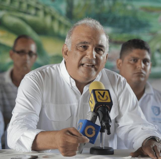 El coordinador de movimientos sociales de la Mesa de la Unidad Democrática en Bolívar, Raúl Yusef