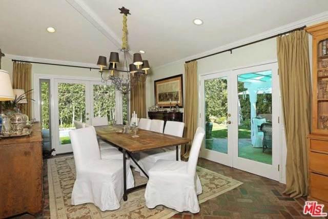 Selena Gomez casa Los Angeles 2