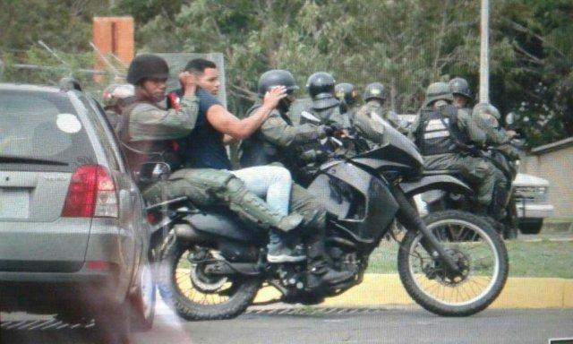 Detienen a varias personas en la Ucab Guayana