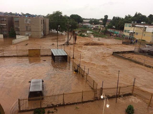 Lluvias Maracaibo inundan la ciudad