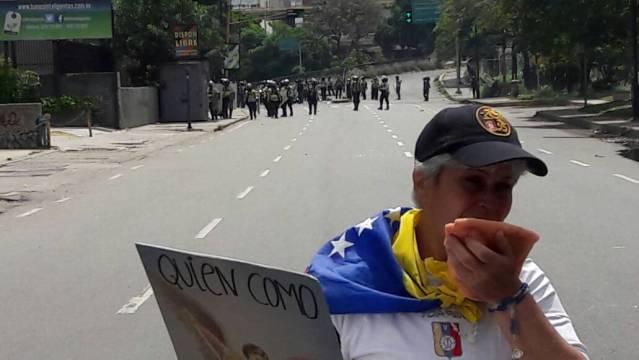 Represión en El Rosal / Foto: Régulo Gómez