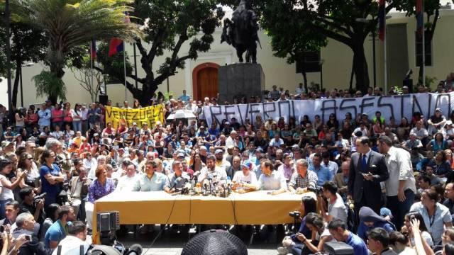 Alcaldes de la Unidad se pronuncian sobre sentencia del TSJ / Foto Eduardo Ríos - La Patilla